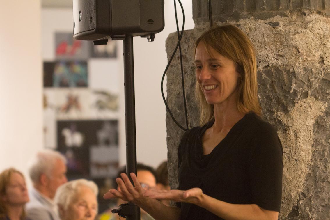 Georgia Fattore (interprete LIS, insieme a Jenny Costa) - foto di Mara Pace