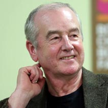 "<span class=""entry-title-primary"">David Almond</span> <span class=""entry-subtitle"">di Mara Pace</span>"